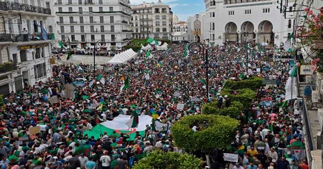 Photo de VENDREDI 14ème : Etat civil et non à l'élection du 4 juillet