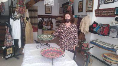 Photo de Amina Lefki: L'artisane formatrice militante